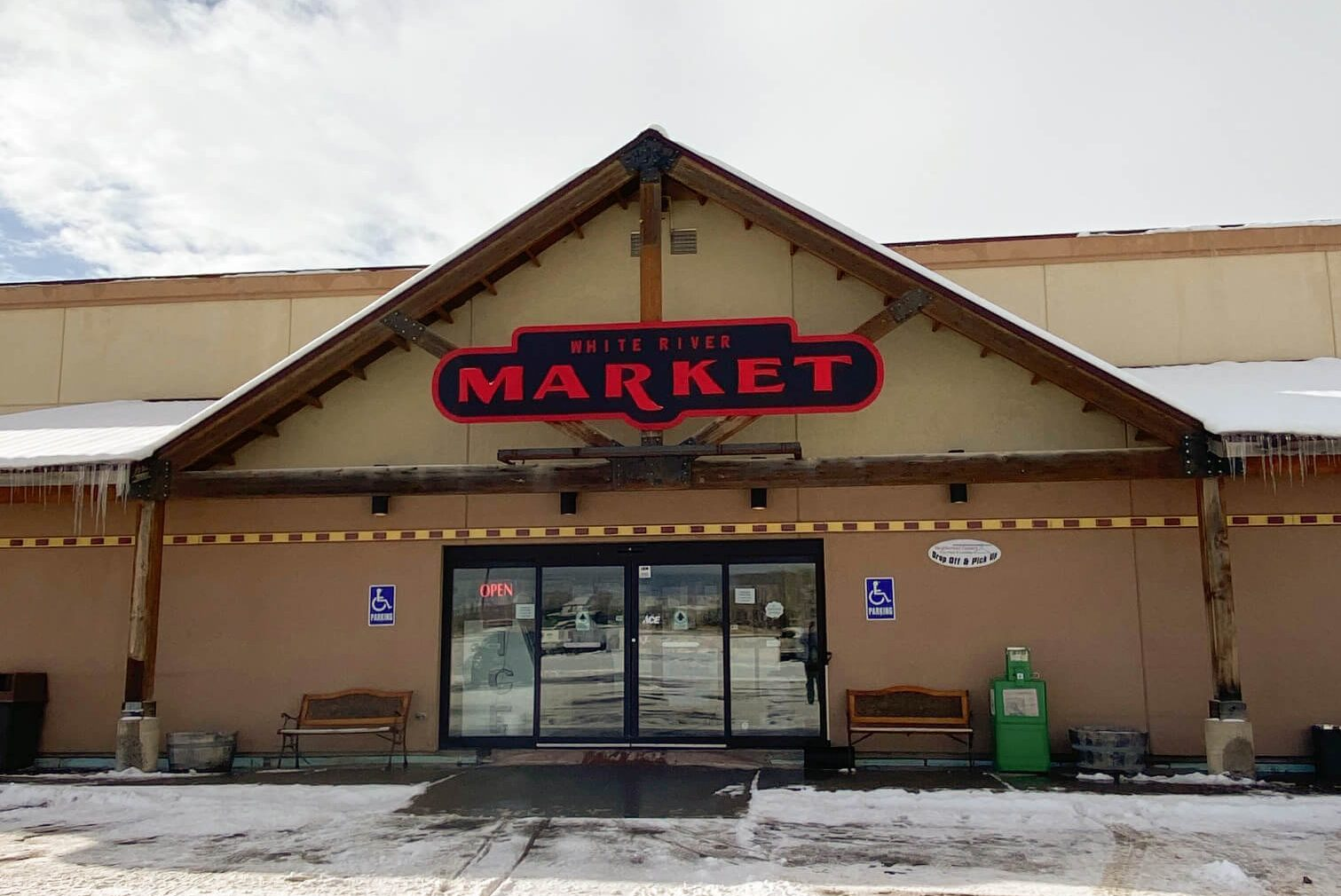 grocery store in rangely